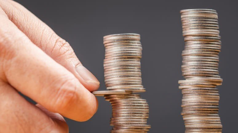 Is director redundancy pay taxable?