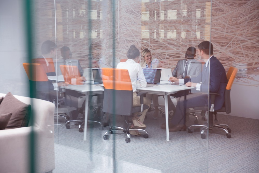 Can multiple directors claim redundancy from the same company?
