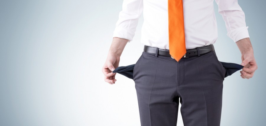 When would a company director not be entitled to redundancy pay?